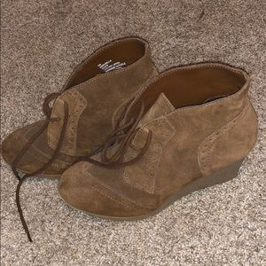 Womens Suede Wedges